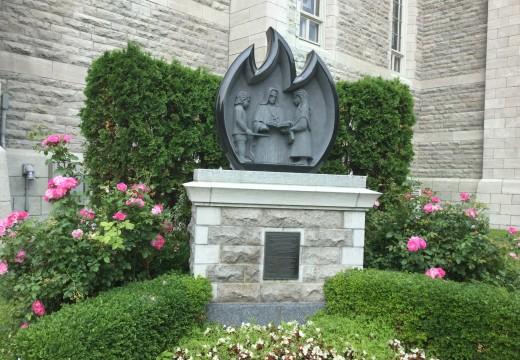 Statue de la bienheureuse Marie-Rose