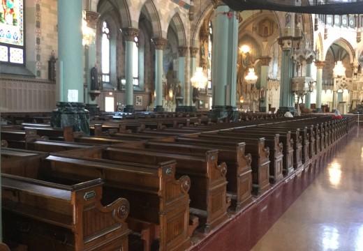 Banc pour mariage, baptême, funérailles ou pour une messe