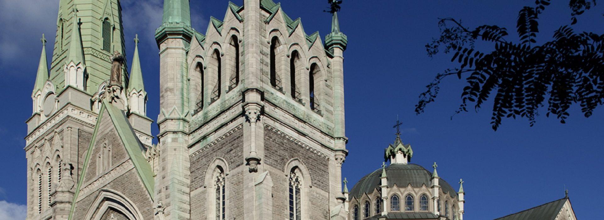 Église Cocahtédrale Saint-Antoine-de-Padoue à Longueuil